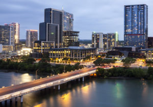 Austin, Texas at night © philipus | AdobeStock_114012666